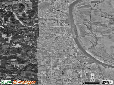 Leavenworth satellite photo by USGS