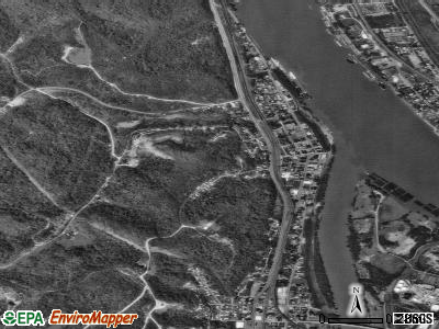 Catlettsburg satellite photo by USGS