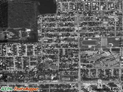 Roosevelt Gardens satellite photo by USGS