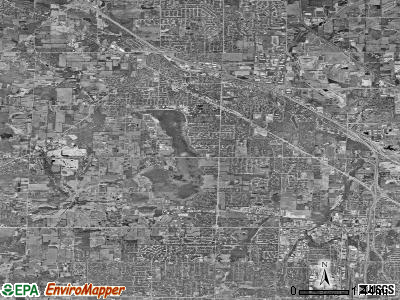 Menomonee Falls satellite photo by USGS