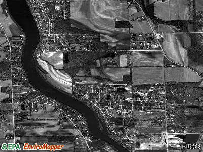 Lakewood Shores satellite photo by USGS