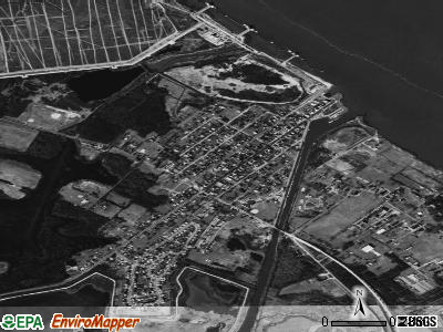 Delaware City satellite photo by USGS