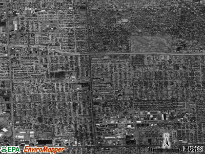 Oak Park satellite photo by USGS