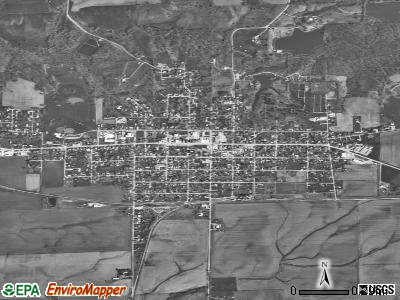La Harpe satellite photo by USGS
