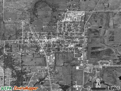 Quinlan satellite photo by USGS