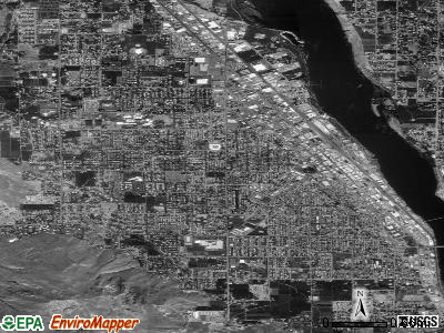 Wenatchee satellite photo by USGS