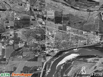 West Memphis satellite photo by USGS