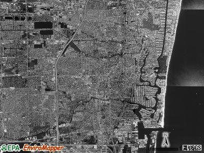 Fort Lauderdale satellite photo by USGS