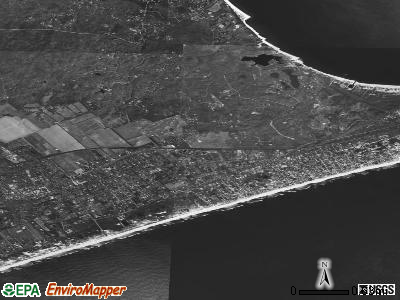 Amagansett satellite photo by USGS