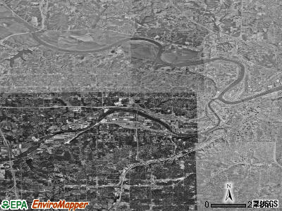 Kansas City satellite photo by USGS