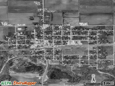Earlville satellite photo by USGS