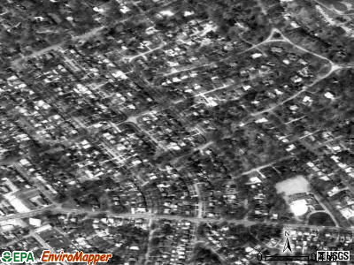 Seneca Gardens satellite photo by USGS