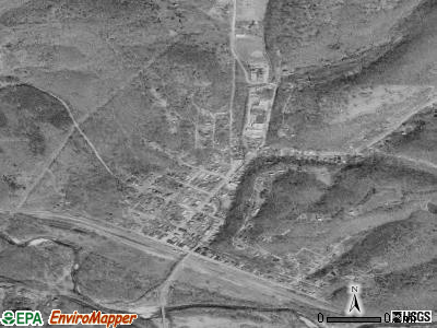 Newburg satellite photo by USGS