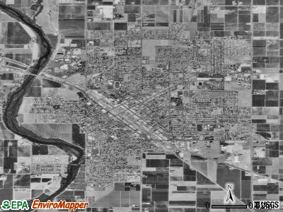 Reedley satellite photo by USGS