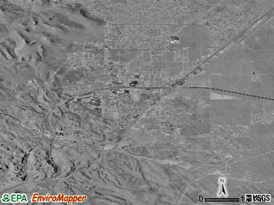 Kingman satellite photo by USGS