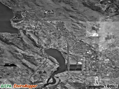 Klamath Falls satellite photo by USGS
