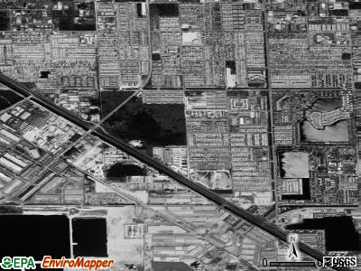 Hialeah Gardens satellite photo by USGS