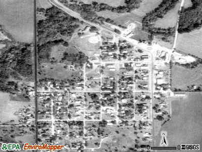Harveyville satellite photo by USGS