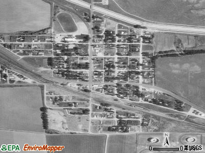 Fort Laramie satellite photo by USGS