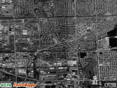 Opa-locka satellite photo by USGS