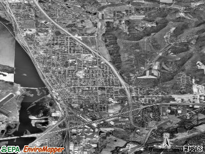 Onalaska satellite photo by USGS