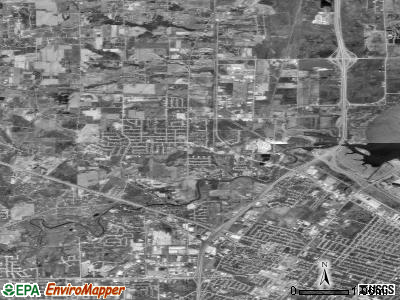 Howard satellite photo by USGS