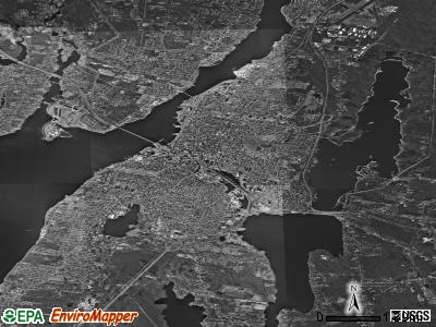 Fall River satellite photo by USGS