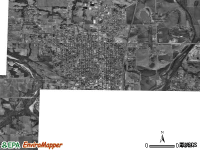 Arkansas City satellite photo by USGS