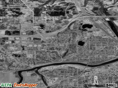 North Mankato satellite photo by USGS