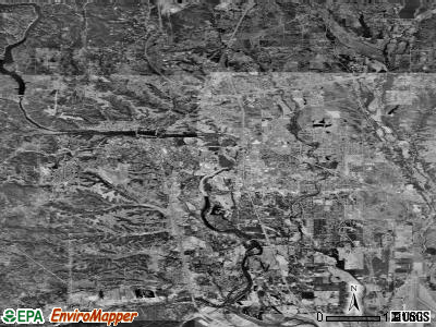 Redding satellite photo by USGS