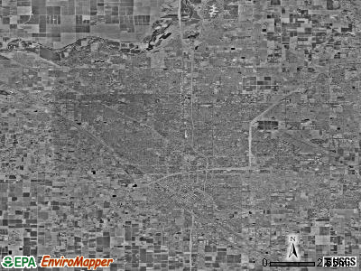 Fresno satellite photo by USGS