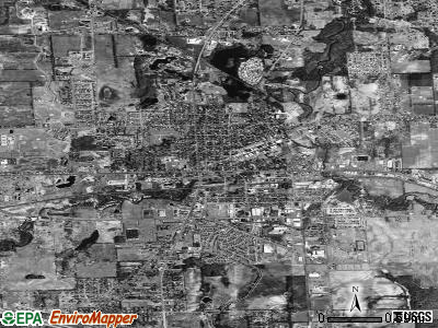 Lapeer satellite photo by USGS