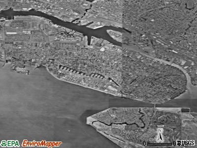 Alameda satellite photo by USGS