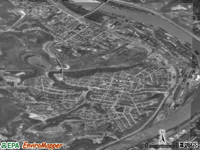 Clairton satellite photo by USGS