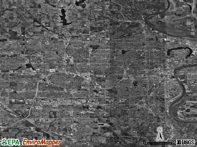 Omaha satellite photo by USGS