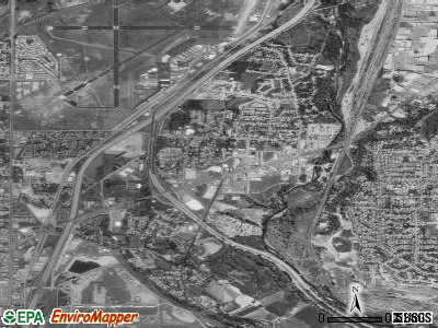 Riverdale satellite photo by USGS