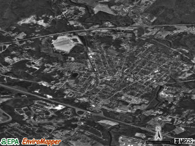 Middleborough Center satellite photo by USGS