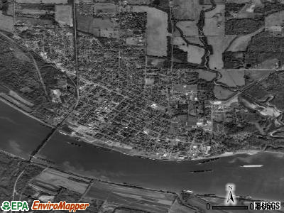Metropolis satellite photo by USGS
