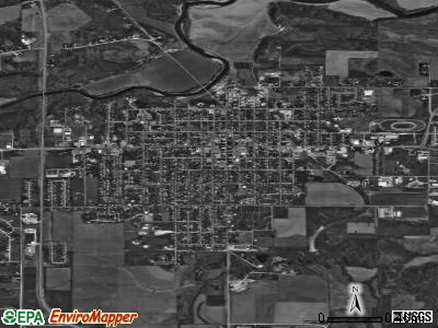 Maquoketa satellite photo by USGS