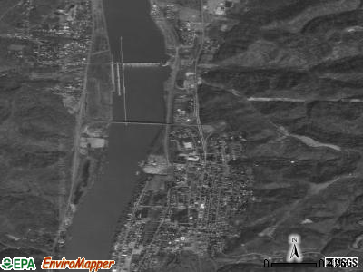 New Martinsville satellite photo by USGS
