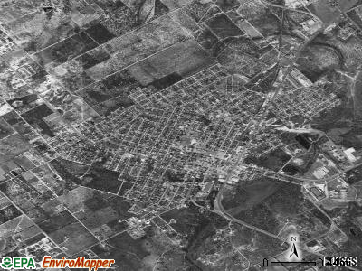 Carrizo Springs satellite photo by USGS