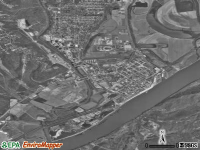 Lawrenceburg satellite photo by USGS
