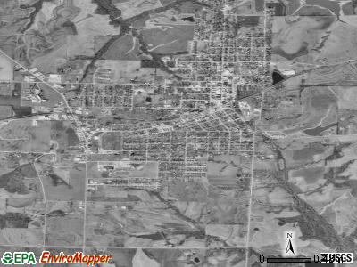 Higginsville satellite photo by USGS