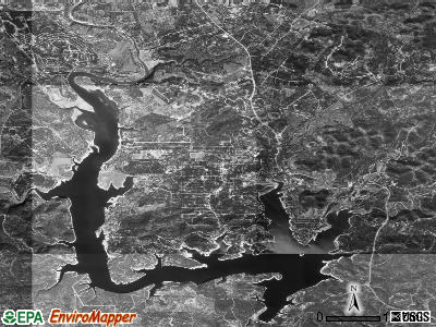 Lakehills satellite photo by USGS