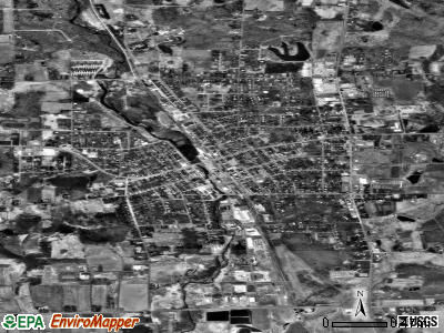 Medford satellite photo by USGS