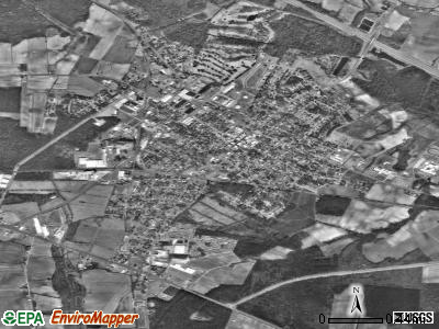Farmville satellite photo by USGS