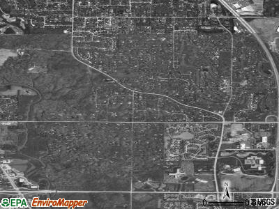 Riverwoods satellite photo by USGS