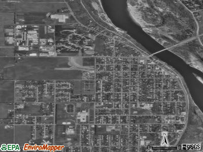 Prairie du Sac satellite photo by USGS