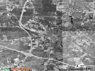 Iuka satellite photo by USGS