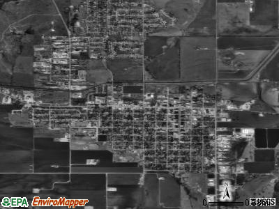 Lindsay satellite photo by USGS